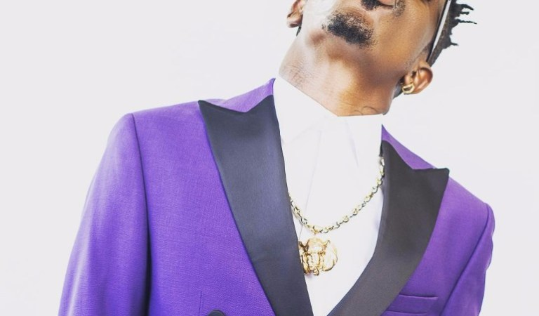 Shatta Wale Isn't A Man, He's A COWARD; And His Behaviour at the VGMA and In New 'Apakye' Video Proves It — GODWIN OKINE Writes