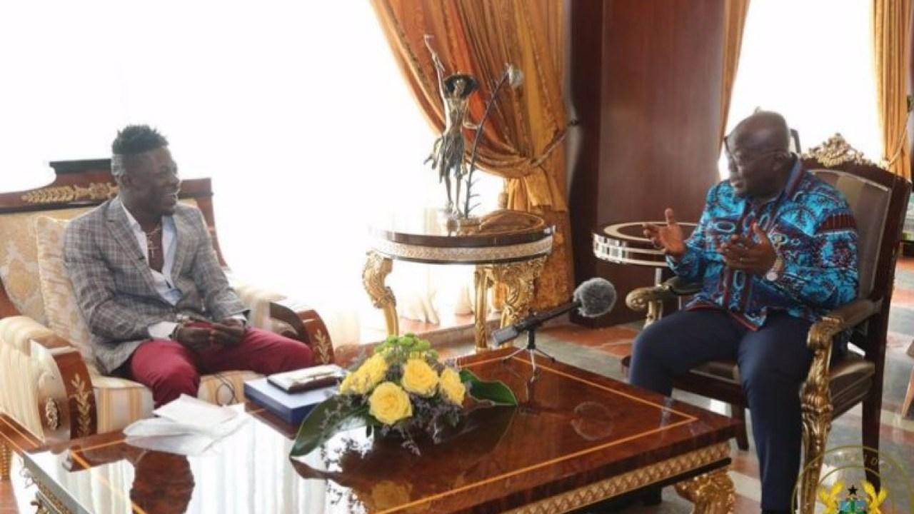 Shatta Wale meets Afufo-Addo at Flagstaff House