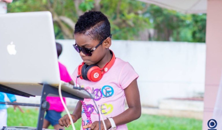 Photos+Videos- Child Star DJ Switch Hangsout With President Of France After Performing For Billionaire Bill Gates