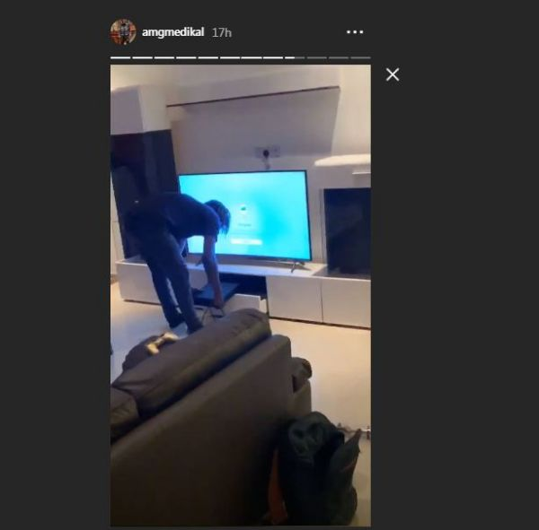2 1 - Medikal Purchases New East Legon Mansion and Flaunts it On Social Media