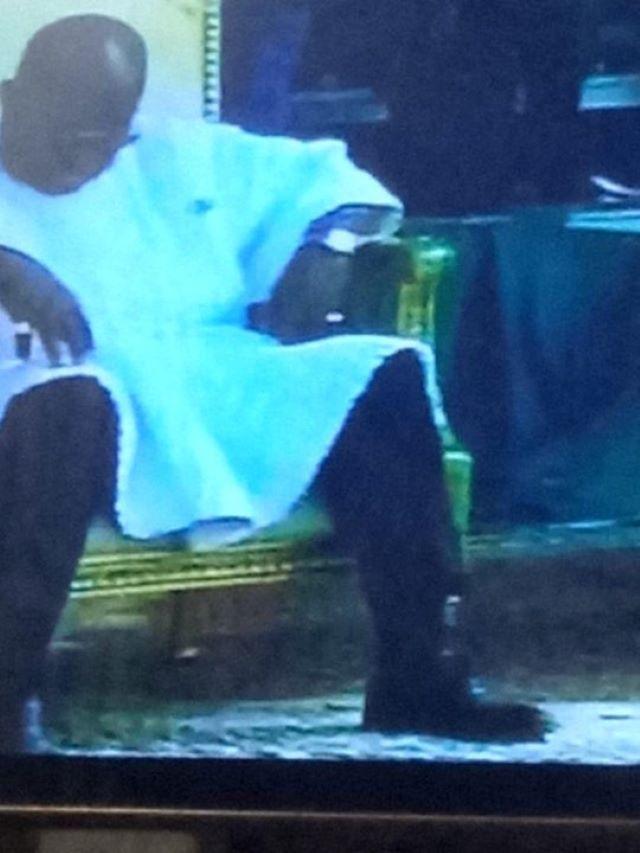 nana sleepinga - Oh Nana! President Captured Sleeping AGAIN At Niger's Republic Day Celebration