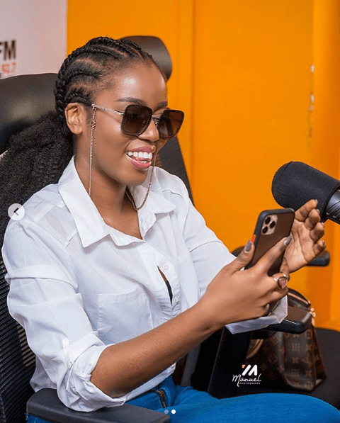 MzVee Is Doing Very Fine See Her Looking Gorgeous In These