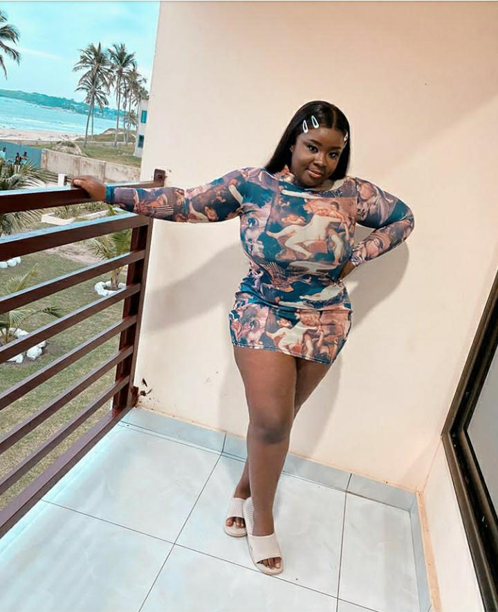 Maame Serwaa Leaves Instagram Men Thirsty After Dropping This S3nsual PHOTO  - GhanaCelebrities.Com