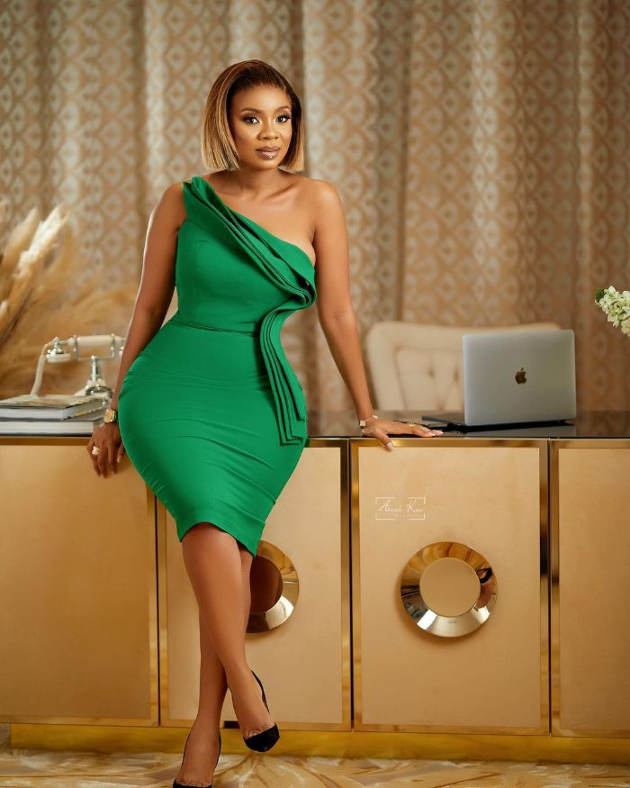Most Gorgeous, Eye-Catching and Exquisite Photos of Serwaa Amihere Drops as  She Marks her Birthday - Photos - GhanaCelebrities.Com