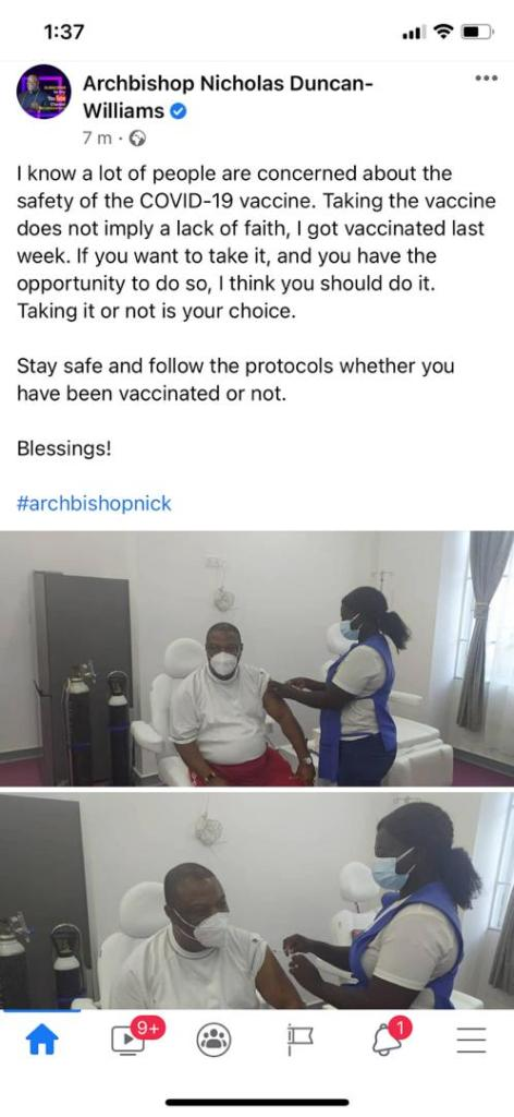 Duncan Williams couldn't rely on God to rescue him from C()vid, so he went for the vaccine (photo). 2