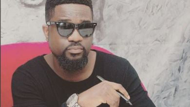 Photo of Download Hott : Sarkodie Ft Chase – Giant Steps