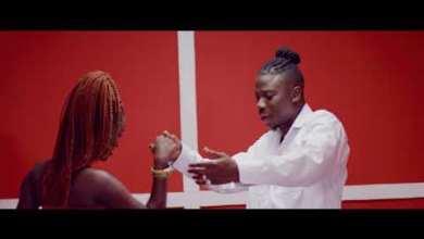 Photo of Kojo Antwi Ft Stonebwoy – Akyekyedie Nantie (Official Video)