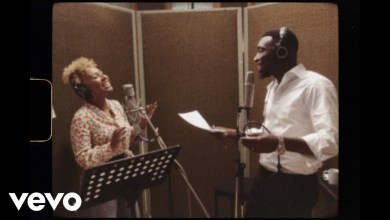 Photo of Timi Dakolo x Emeli Sandé – Merry Christmas, Darling (Studio Performance Video)