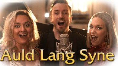 Photo of Peter Hollens & Guests – Auld Lang Syne Lyrics