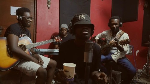 Fameye – Matamfo (Acoustic Version)