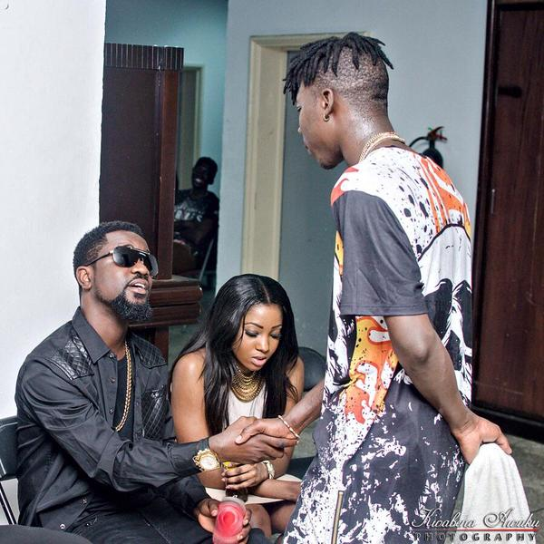 Sarkodie Congratulates Stonebwoy And Reminisces On A Promise