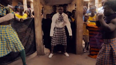 Photo of Lilwin turns boxer in new music video