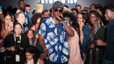 Photo of E.L performs for Studio 189 at New York Fashion Week