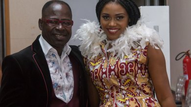 Photo of eShun rub Shoulders with Daddy Lumba, Kanda Bongo Man and Amakye Dede At Vodafone African Legends Night 2017