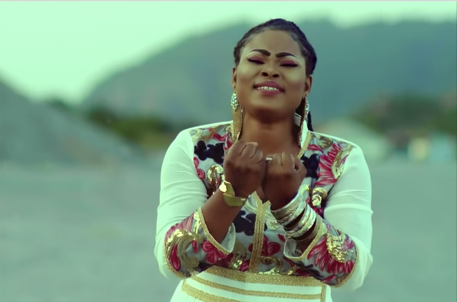 Video: Onyankopon by Joyce Blessing