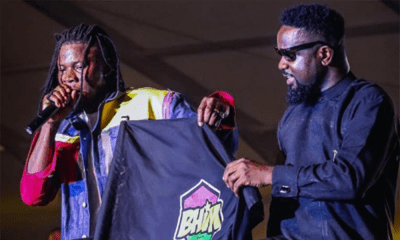 Sarkodie hails Stonebwoy for succeeding him as Samsung Brand Ambassador