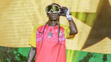 Photo of Patapaa's oversized snow mask at Ghana Meets Naija '19