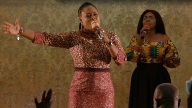 Photo of Joyce Blessing leads soulful worship session