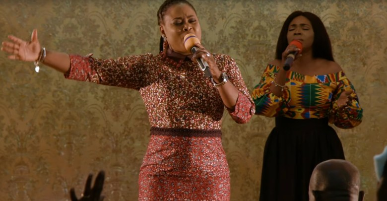 Joyce Blessing leads soulful worship session
