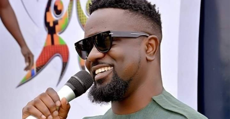 Sarkodie humbled by Yaw Sarpong's works despite Hammer's claims