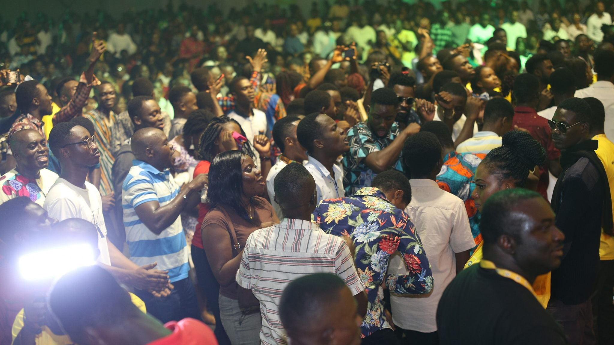 Joe Mettle, Akesse Brempong, others, thrill thousands at 2019 MTN Stands in Worship