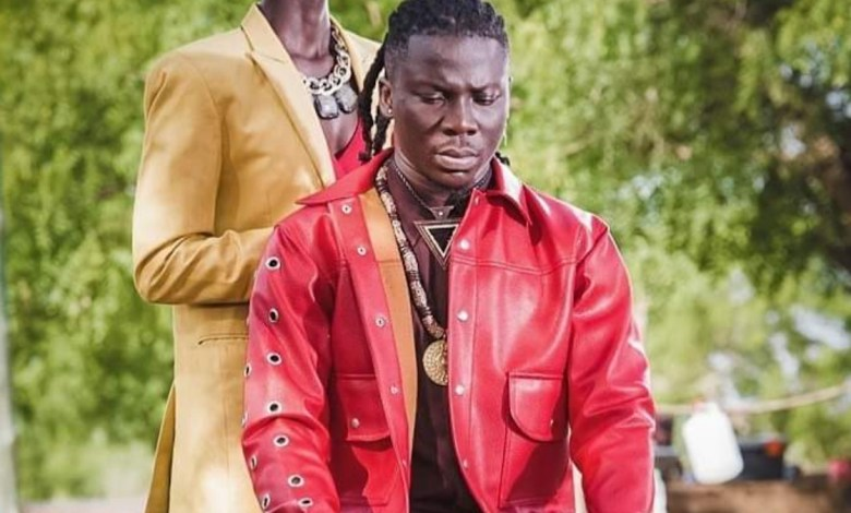 Photo of Stonebwoy clocks a feature on Buju Banton's 'Cross Road' single off upcoming project