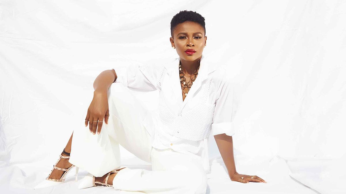 Adun Lei! Abiana marks her debut