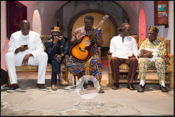 "Kumi Guitar Features Legends Nana Ampadu, Pat Thomas, Zapp Mallet And Charles Amoah On ""Dreams"""