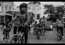 Kwesi Arthur - Grind Day Remix (Feat. Sarkodie & Medikal)