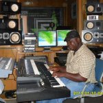 Sound Engineer Punches GH Gospel Musicians For Unnecessary Shouting In Songs