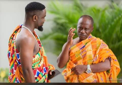sarkodie and his father at his wedding