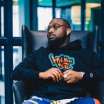 'Never Wear Suit Again'- Fans Tell Davido After They Spotted Him Wearing New Jacket