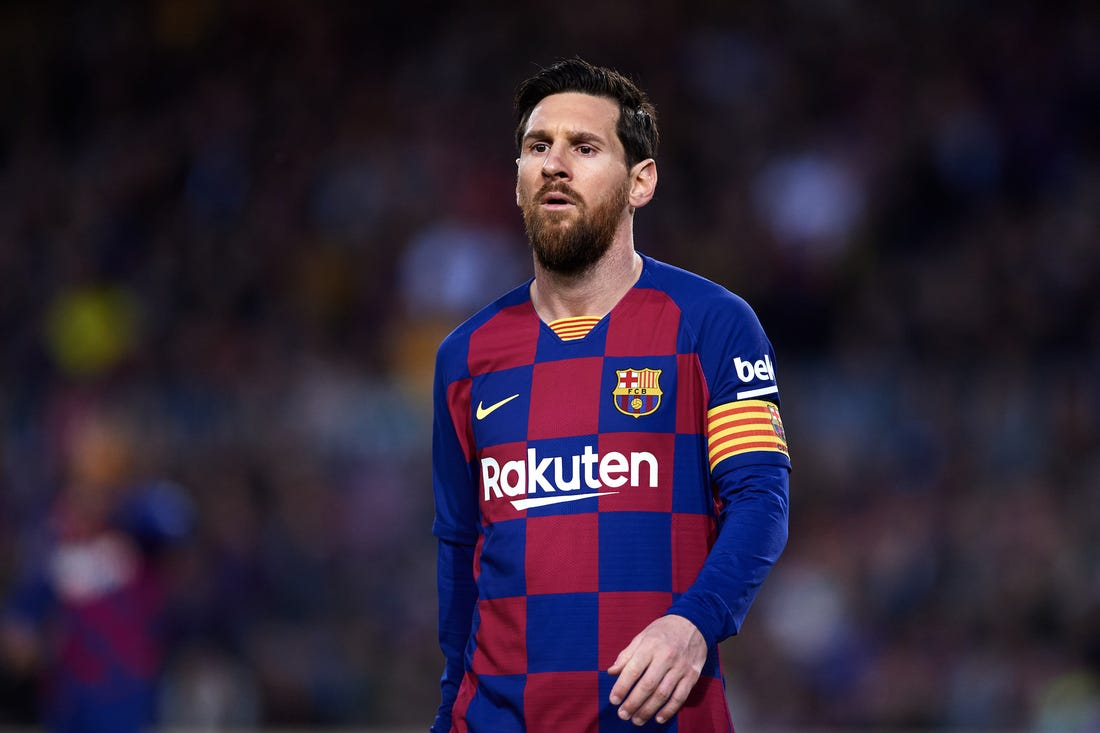Lionel Messi says 'I will remain at Barcelona next season""