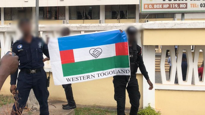 Passengers stranded as Western Togoland group blocks major entry routes to Volta Region