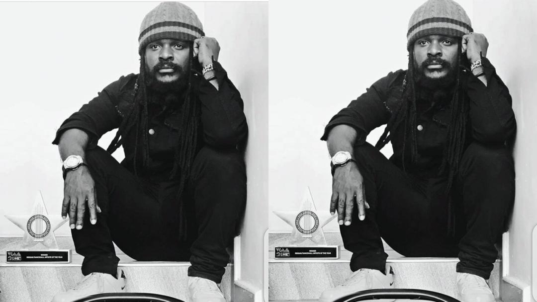 Ras Kuuku's VGMA plaque allegedly missing. Social media reacts