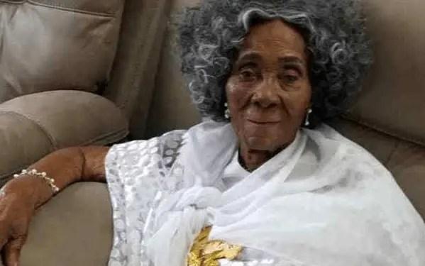 vJerry John Rawlings' mother dies aged 101
