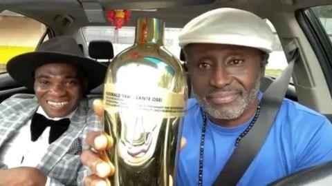 Reggie Rockstone receives special award from Dr UN