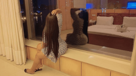 Photo: Nkechi Blessing Puts Her Heavy Backside On Display