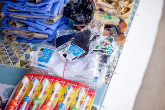 Gloria Lardi, a teacher provides bags, uniforms, and shoes for the students. (PHOTOS). 7