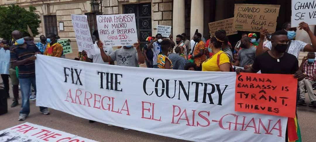 Ghanaians in Spain join the #FixTheCountry campaign; demonstrate and demand better governance in Ghana