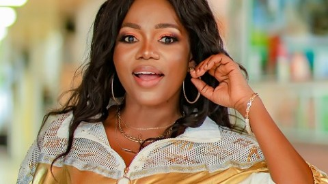 Mzbel Hungry For Beef As She Claims She's The Queen When It Comes To 'Verbal' Brawls