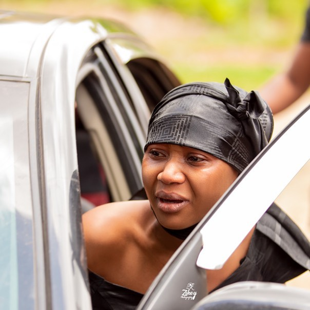 Sad moment As Akuapem Poloo and her mother break down at her father's funeral (Photos)