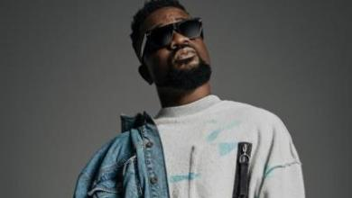 Photo of Sarkodie – CEO Flow ft E-40