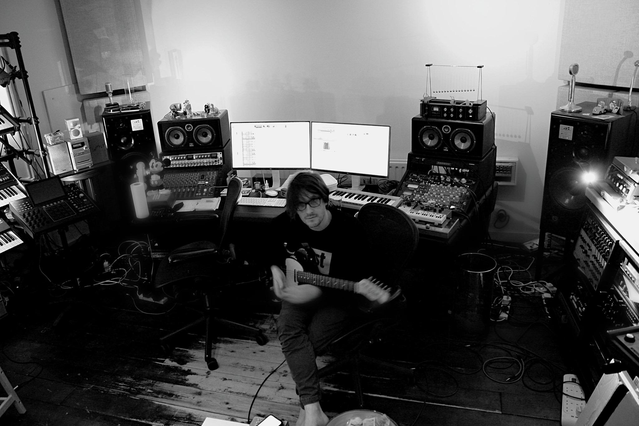 Steven Wilson – 12 Things I Forgot (Mp3 Download) [Zippyshare + 320kbps]