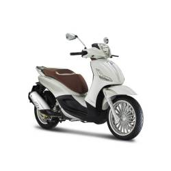 Piaggio Beverly Noleggio All-Inclusive