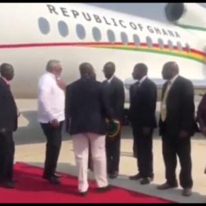 VIDEO: JJ Rawlings Lands In Zimbabwe For Mugabe's Funeral