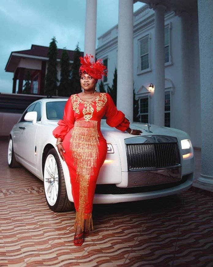Rev. Obofour's Wife Flaunts Her Rolls Royce Her Husband Gifted Her In These New Photos