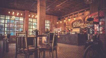 """Tọa lạc tại số 21 Nguyễn Thị Thập, phường Tân Phú, quận 7, O'Hara Coffee là một trong những quán cà phê mang phong cách """"country house vintage"""" kiểu Âu - Mỹ, mang lại cho thực khách trải nghiệm mới lạ."""