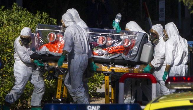 traslado sacerdote ebola