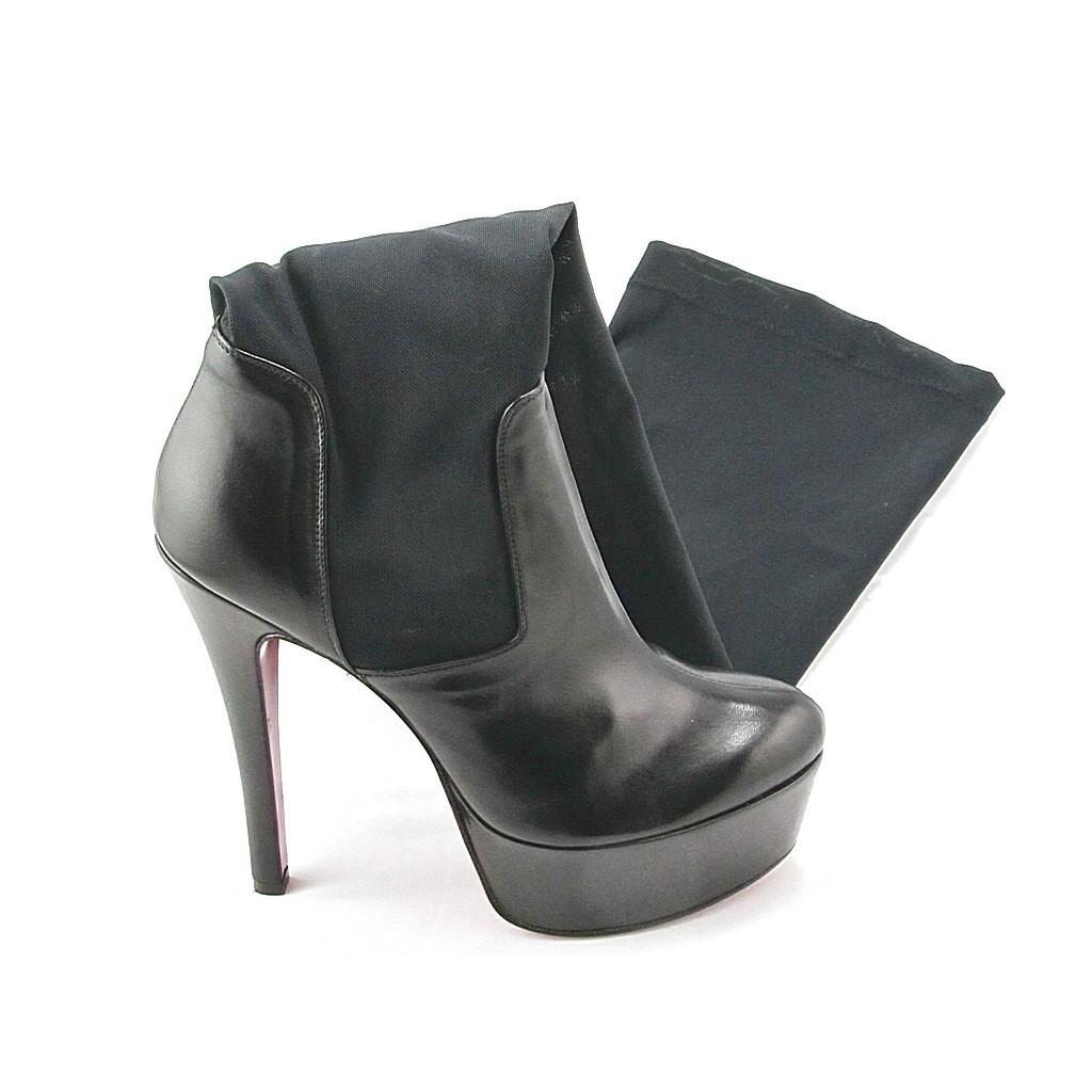Plattform Stiefel aus schwarzem Leder und elastichen Gewebes
